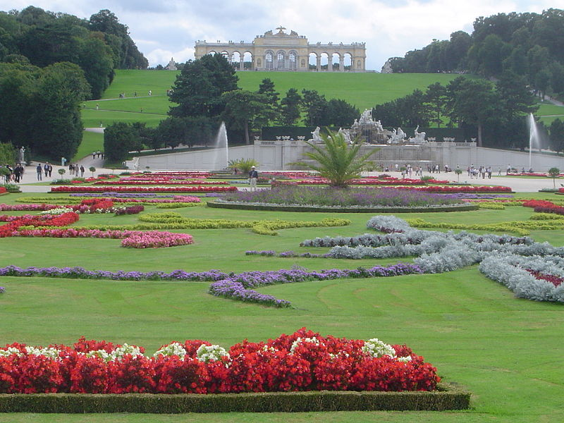 Chiêm ngưỡng kiến trúc Baroque của Lâu đài và Công viên Schönbrunn - 19