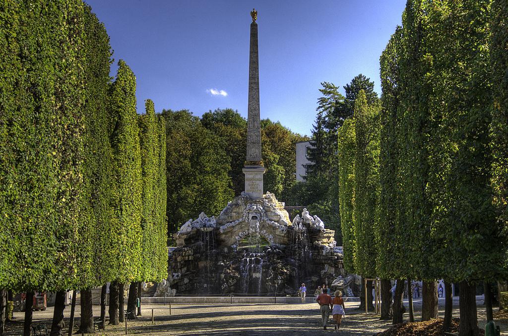 Chiêm ngưỡng kiến trúc Baroque của Lâu đài và Công viên Schönbrunn - 23