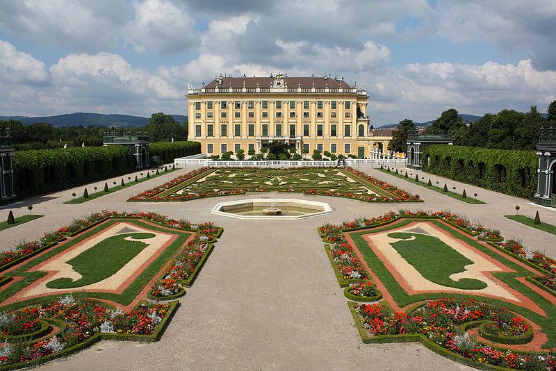 Chiêm ngưỡng kiến trúc Baroque của Lâu đài và Công viên Schönbrunn - 28