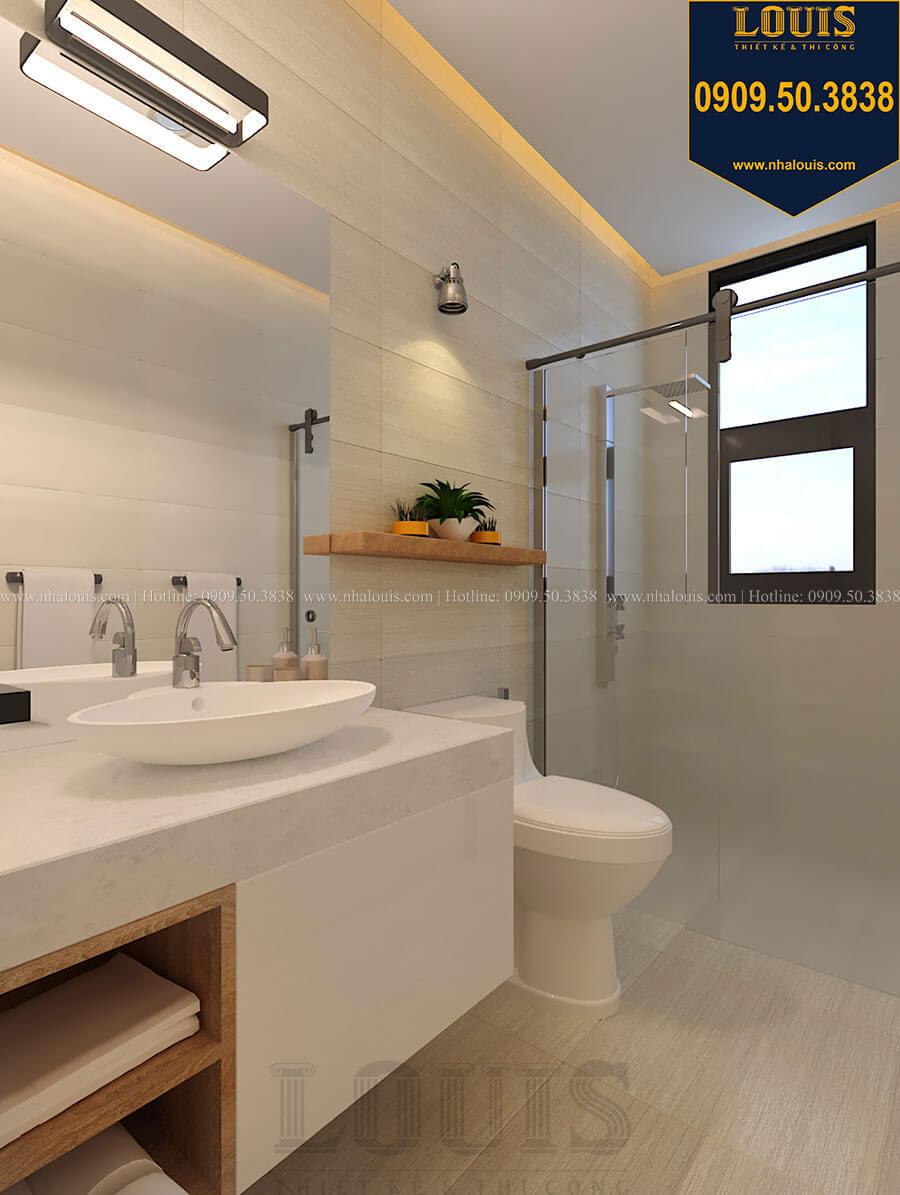 Phòng tắm và WC Nhà đơn giản nhưng tinh tế với không gian mở tại Tân Bình - 25