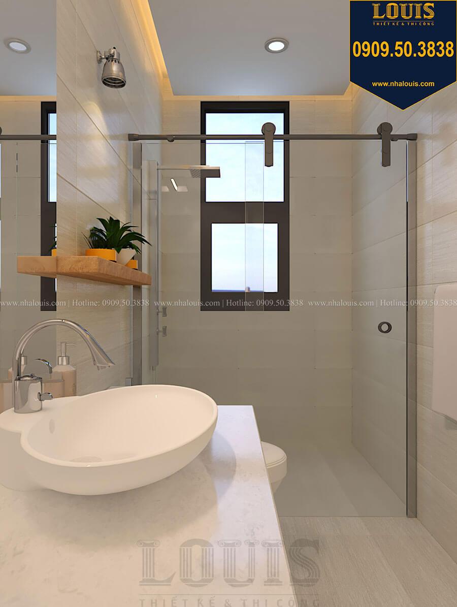 Phòng tắm và WC Nhà đơn giản nhưng tinh tế với không gian mở tại Tân Bình - 27