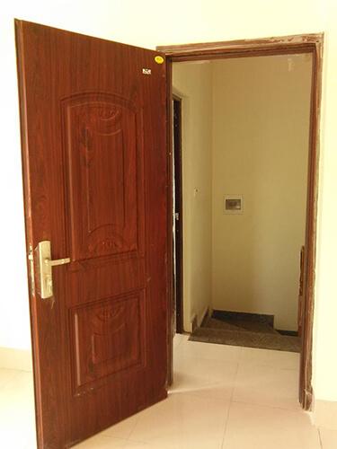 Cửa thép pano kính sử dụng thép tôn cán mỏng uốn tạo hình giả gỗ sơn tĩnh điện giả gỗ hoặc sơn tĩnh điện màu trắng Báo Giá Thi Công Hoàn Thiện - 18