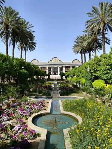 Khám phá kiến trúc Qajar điển hình của Vườn Ba Tư Eram tại Iran - 02