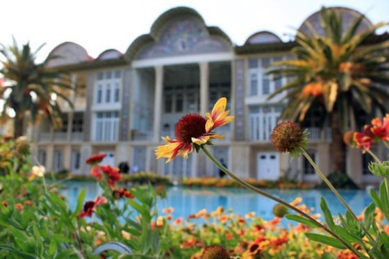 Khám phá kiến trúc Qajar điển hình của Vườn Ba Tư Eram tại Iran - 09