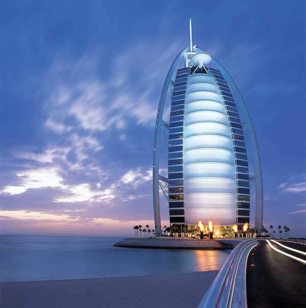Kiến trúc độc đáo của khách sạn 7 sao đầu tiên của thế giới Burj Al Arab - 03