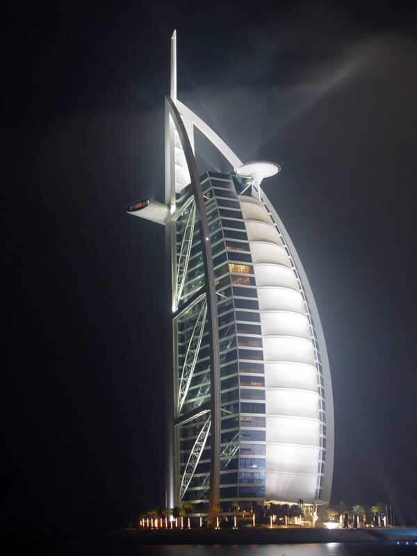 Kiến trúc độc đáo của khách sạn 7 sao đầu tiên của thế giới Burj Al Arab - 05