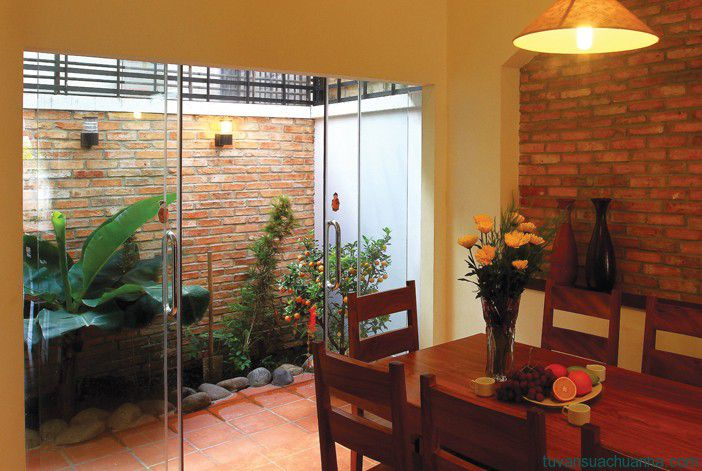 3 vị trí thiết kế tiểu cảnh giếng trời biệt thự 2 tầng hiện đại đẹp