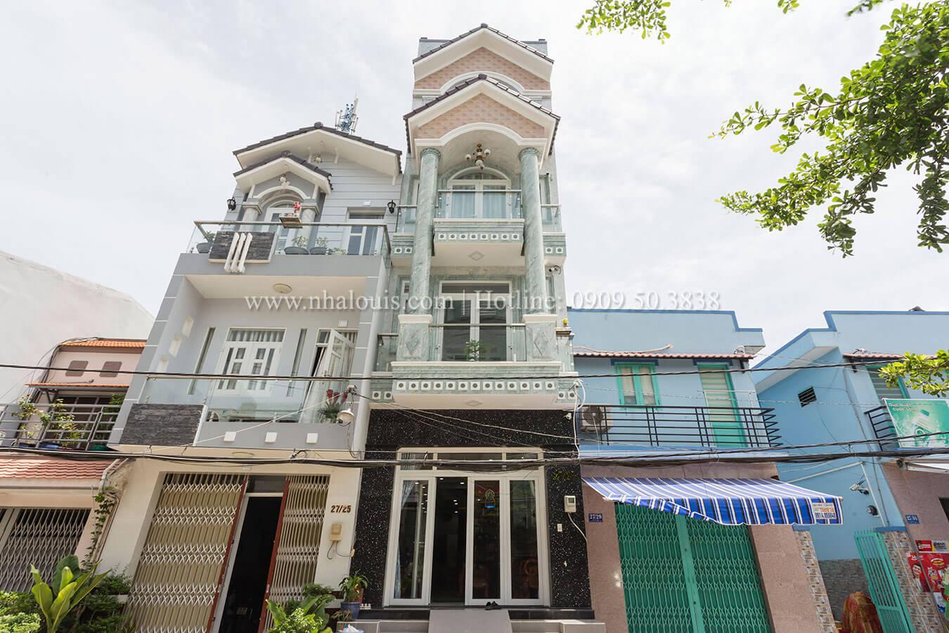 Ngắm mẫu nhà phố tân cổ điển đẹp sang trọng ở Bình Tân
