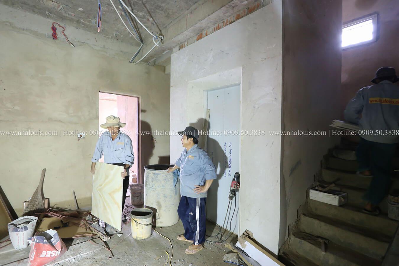 Thi công nhà tân cổ điển 4 tầng đẹp sang trọng tại Tân Bình