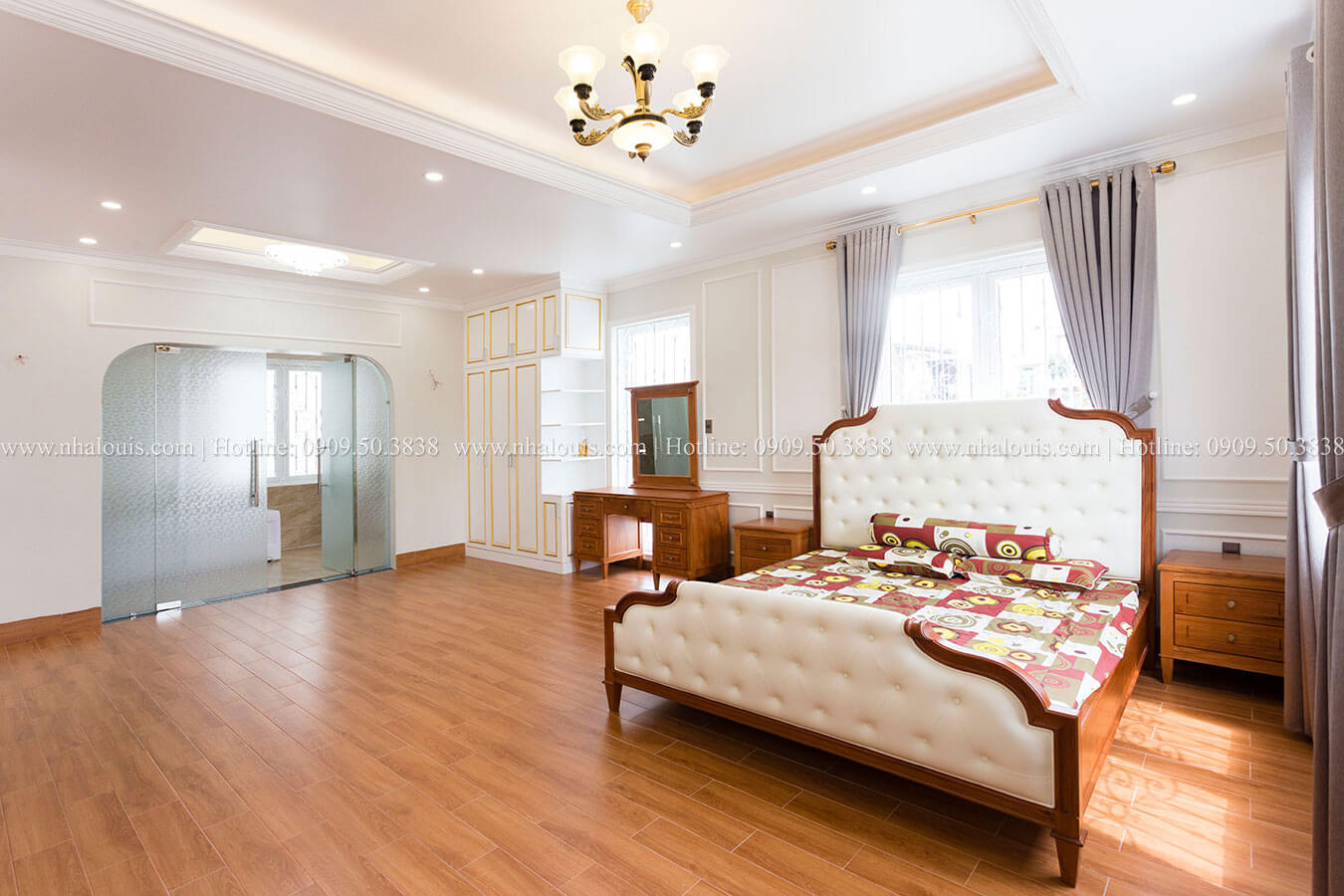 Biệt thự tân cổ điển 3 tầng tại Tân Phú và câu chuyện về người phụ nữ của gia đình
