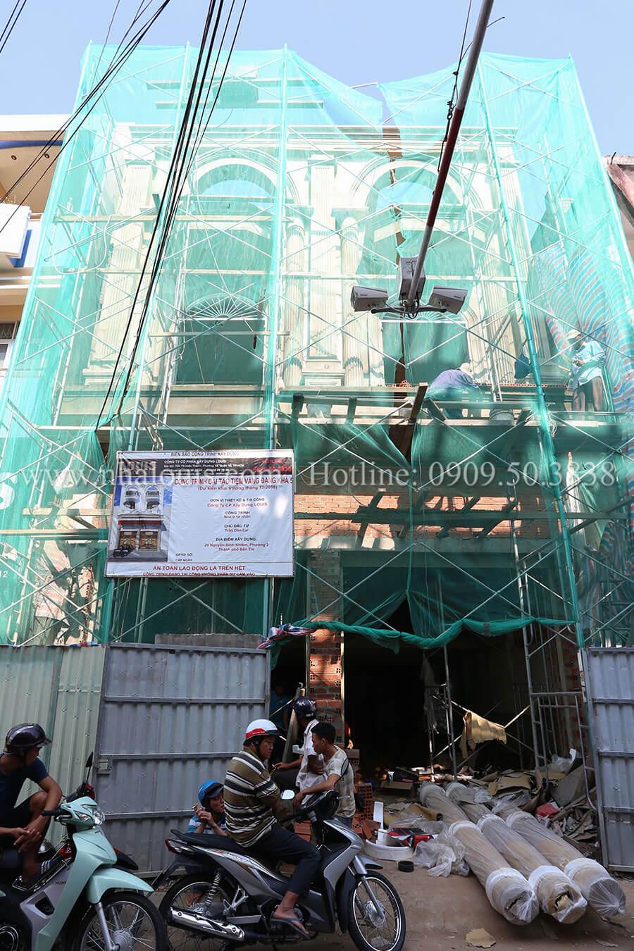 Mẫu nhà 4 tầng kết hợp kinh doanh tiệm vàng tại Bến Tre