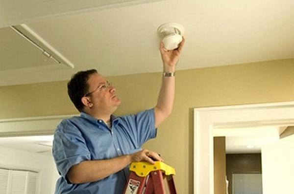 4 việc bảo trì bạn nên làm mỗi tuần để biệt thự 2 tầng hiện đại luôn mới