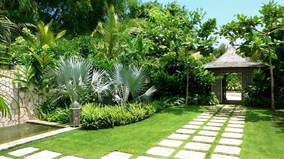 Ý tưởng biến vườn biệt thự 4 mặt tiền thành ốc đảo xanh mát đốn gục triệu trái tim