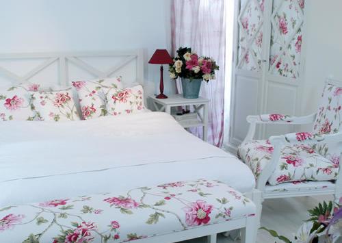 Những phụ kiện không thể thiếu cho phòng ngủ biệt thự 9x15m đẹp