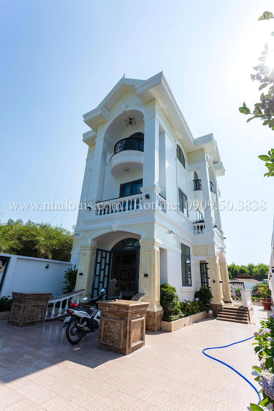 Thiết kế biệt thự 3 tầng đẹp có sân vườn ở miền quê Đồng Nai