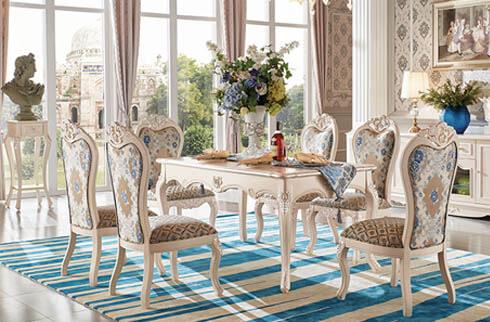 Biệt thự 5 tầng cổ điển đẹp với ý tưởng trang trí bàn ăn sang trọng