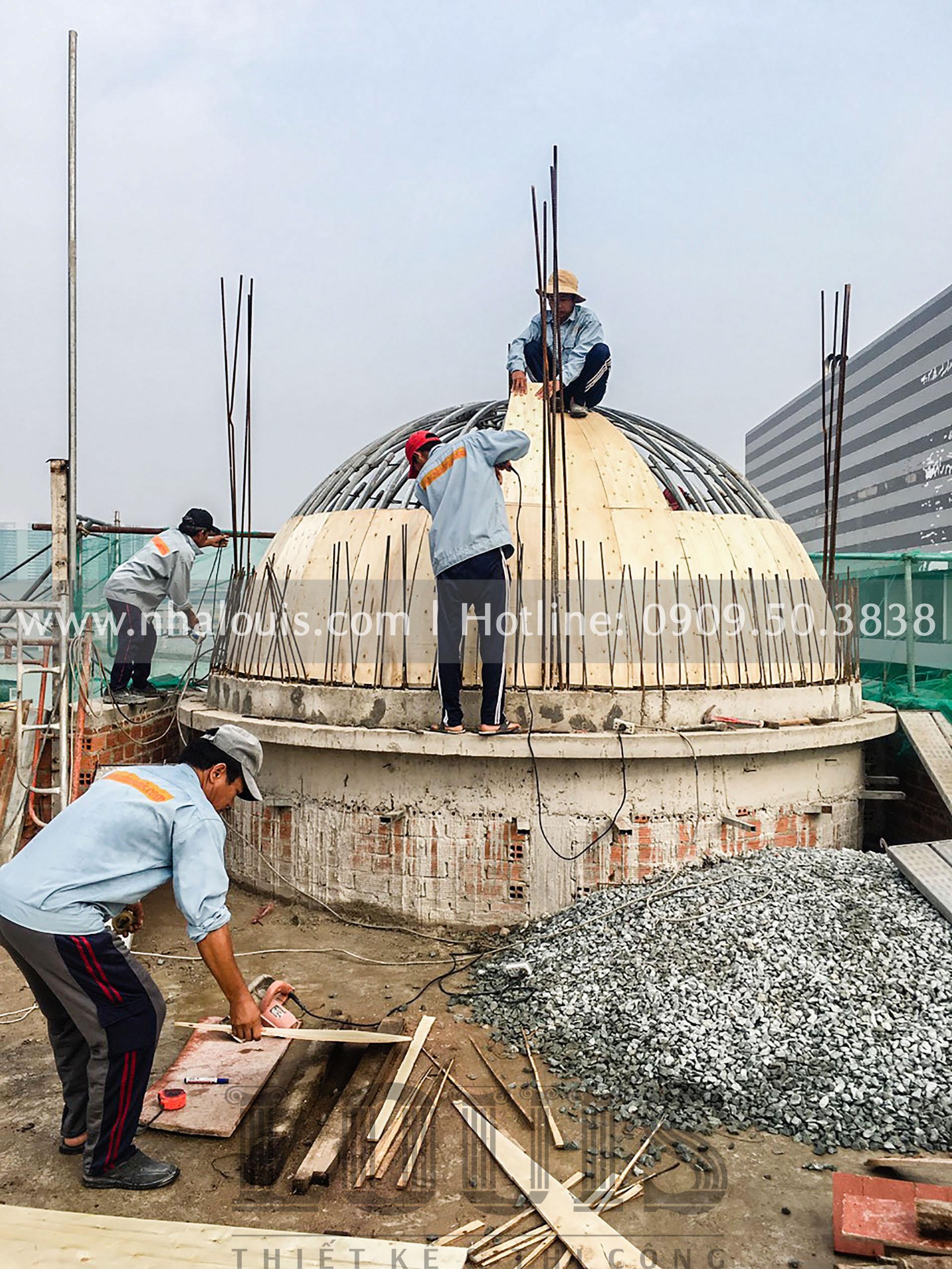 Tạo hình mái và đổ bê tông tại dự án cải tạo siêu biệt thự cổ điển đẳng cấp
