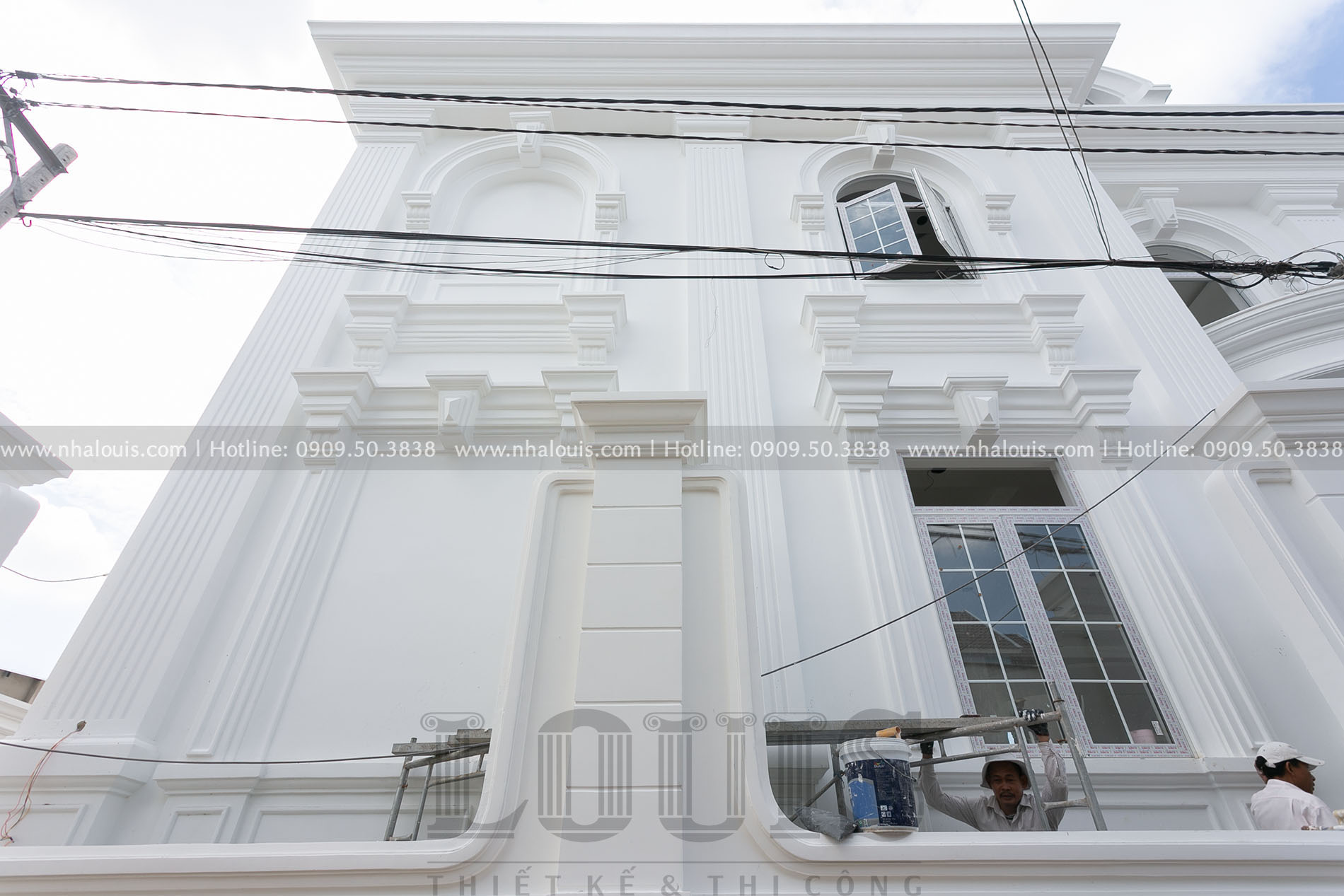 Sơn nước biệt thự tân cổ điển 3 tầng tại Củ Chi