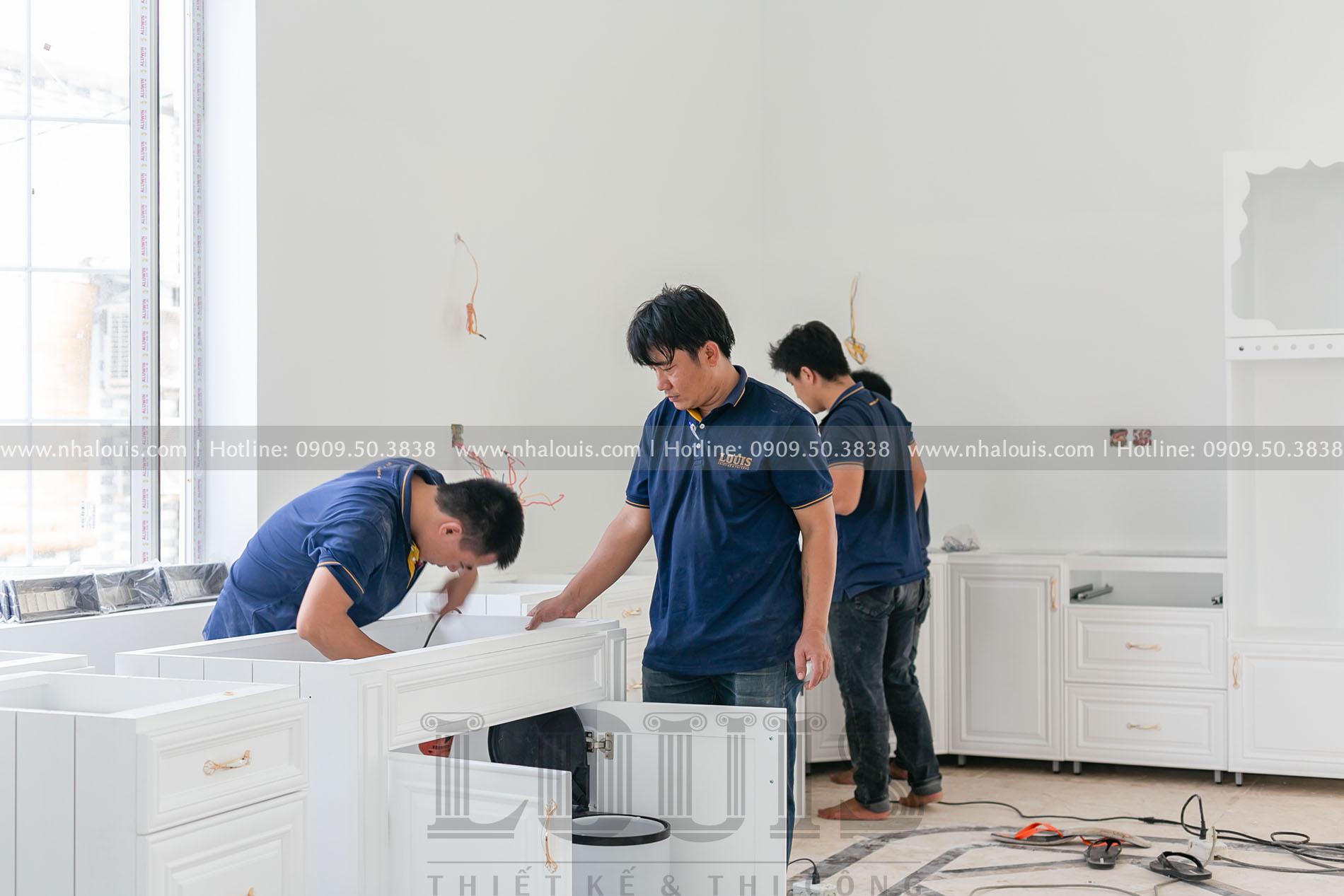 Lắp đặt tủ bếp cho biệt thự tân cổ điển Củ Chi