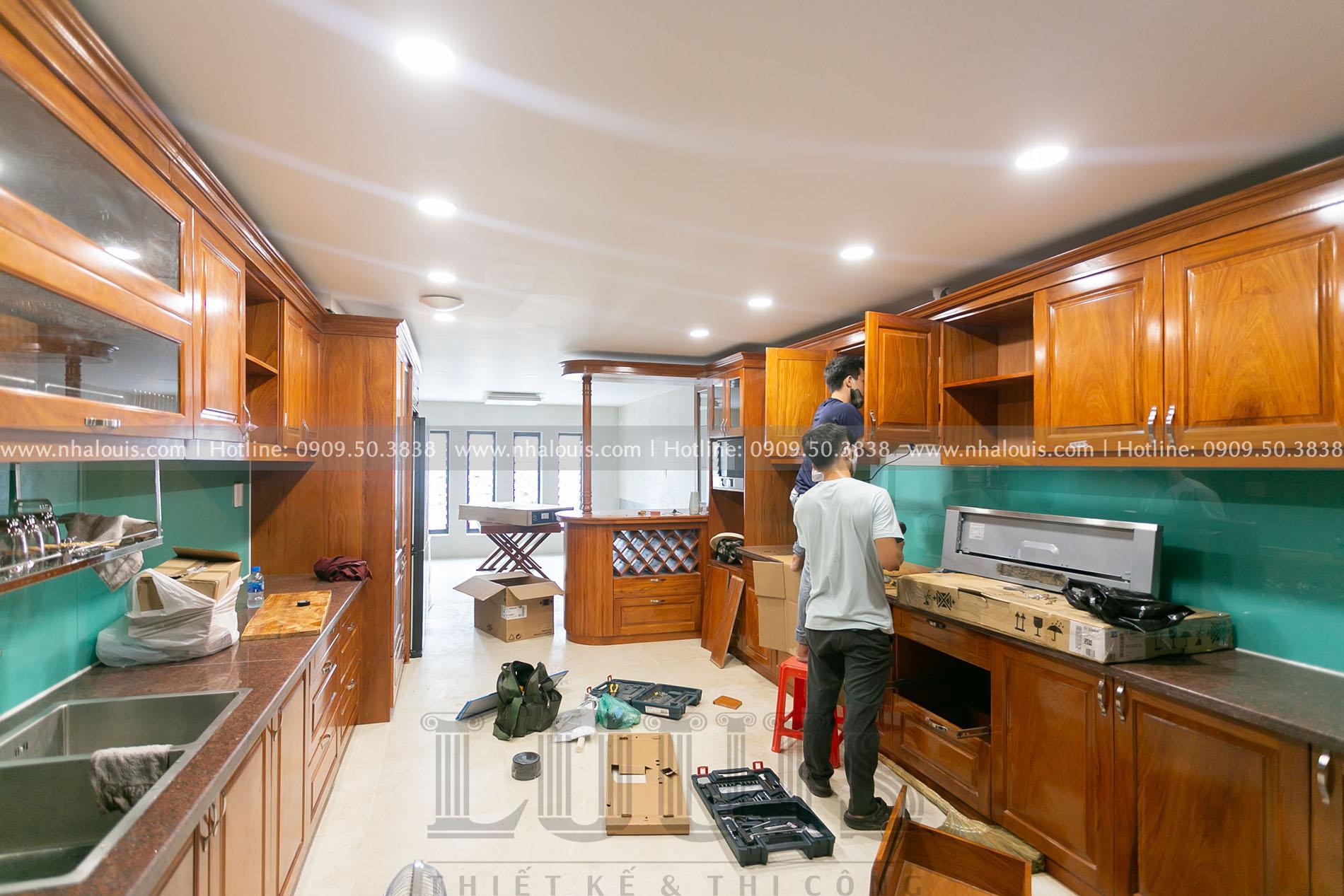 Phòng bếp và phòng ăn nhà phố tân cổ điển
