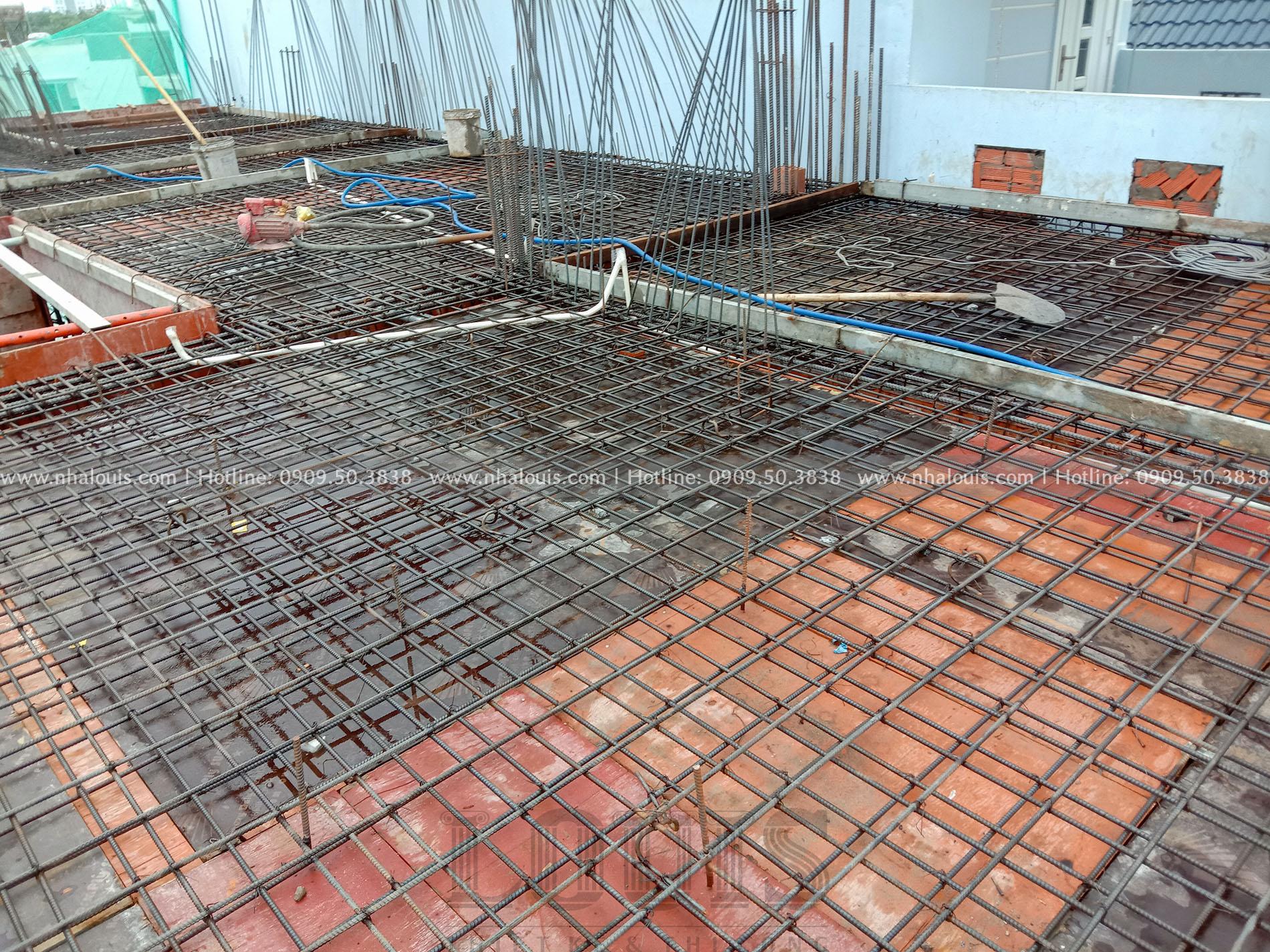 Đổ bê tông sàn tầng 3 biệt thự phố Long An