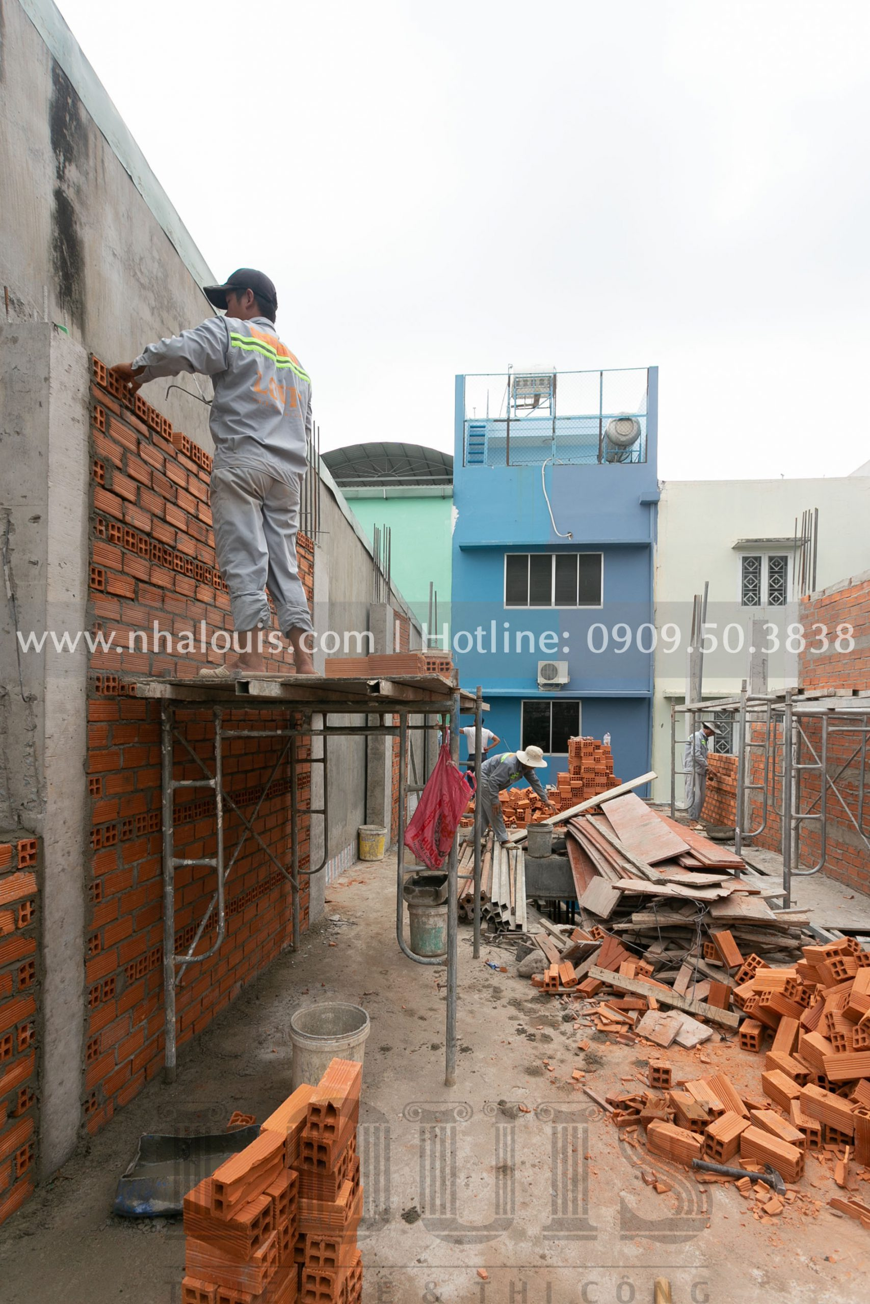 Xây tường bao tầng 1 nhà phố tại quận 8