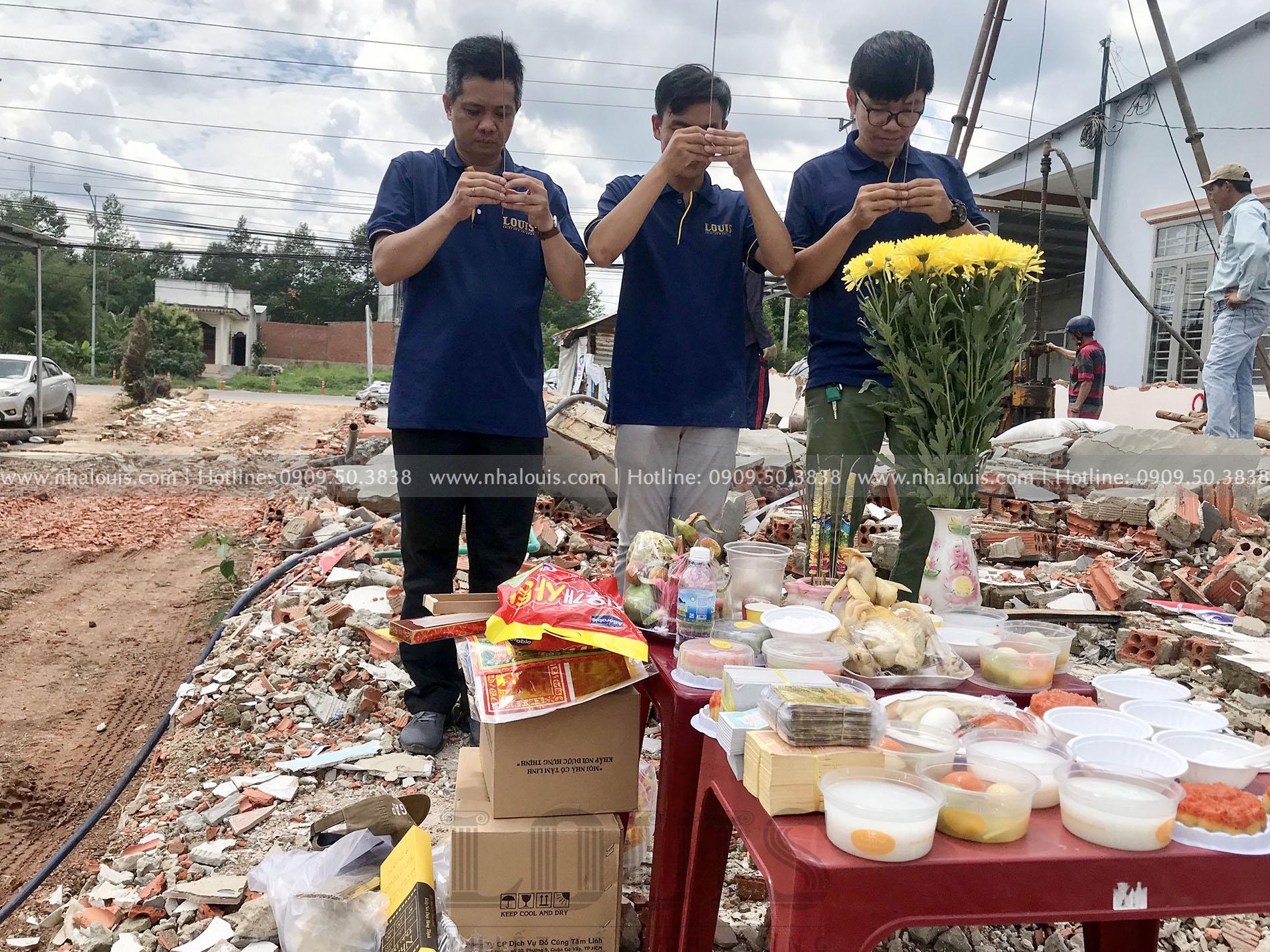 Khởi công khoan cọc nhồi biệt thự cổ điển 5 phòng ngủ tại Bình Phước