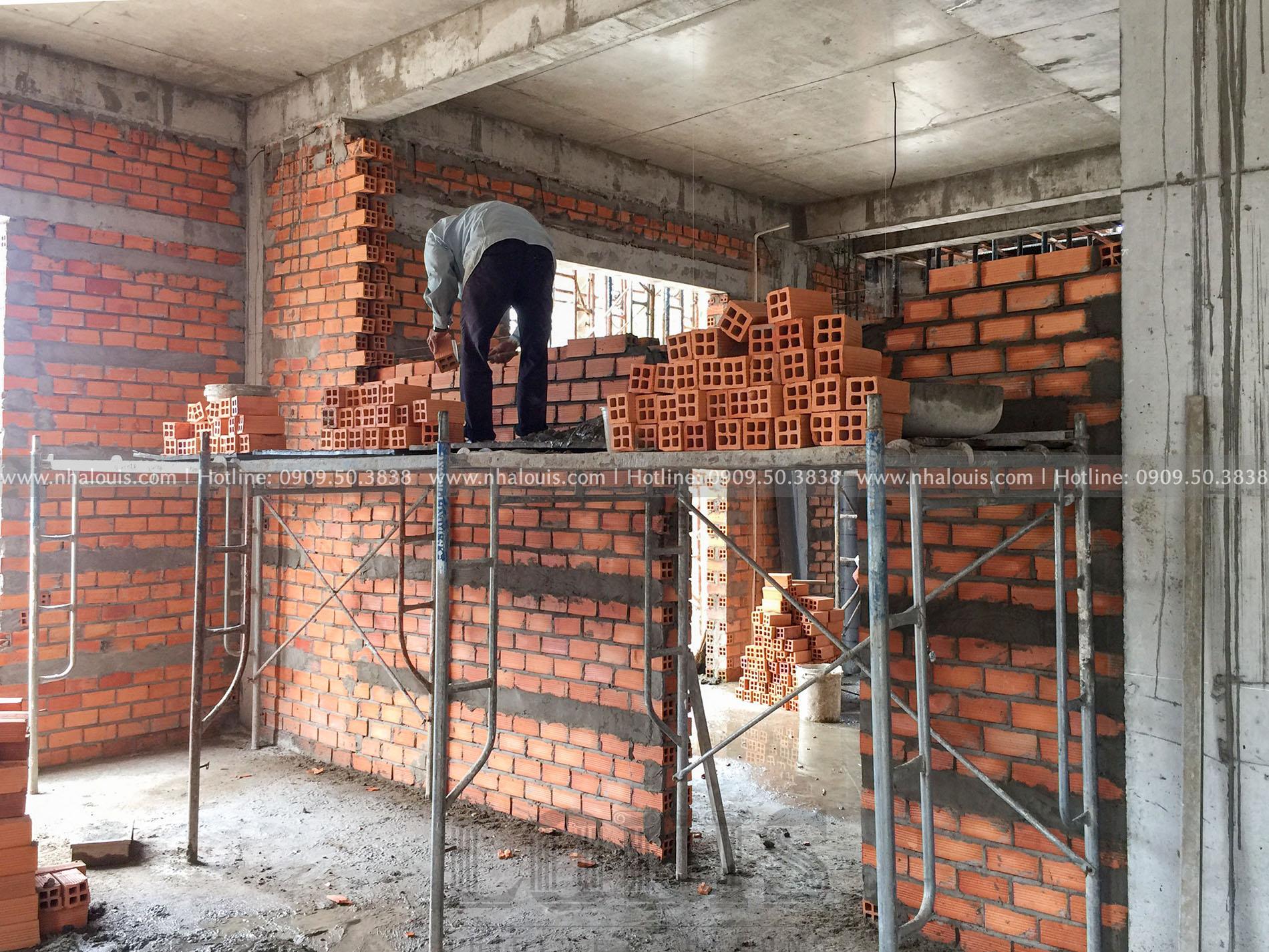 Xây tường, ngăn phòng cho biệt thự cổ điển tại Đồng Tháp