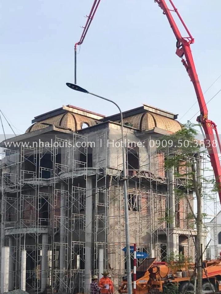 Đổ bê tông mái biệt thự 3 tầng tân cổ điển Bến Tre