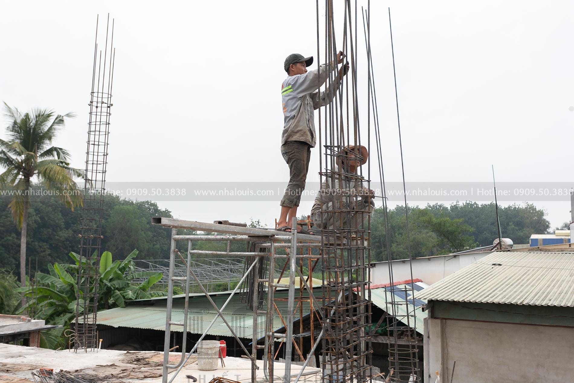 thi công cốp pha cột tầng trệt