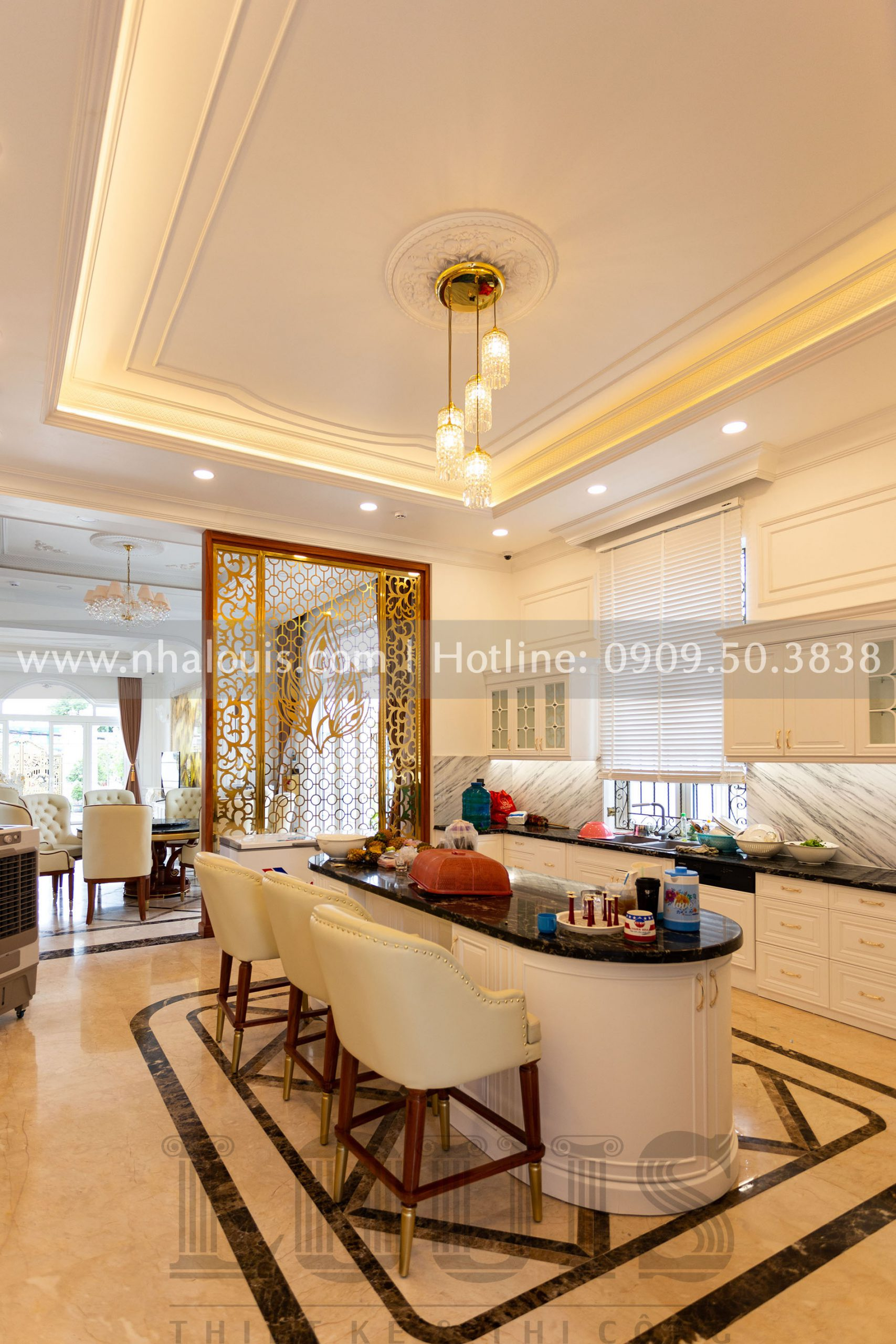 Phòng bếp biệt thự tân cổ điển 3 tầng