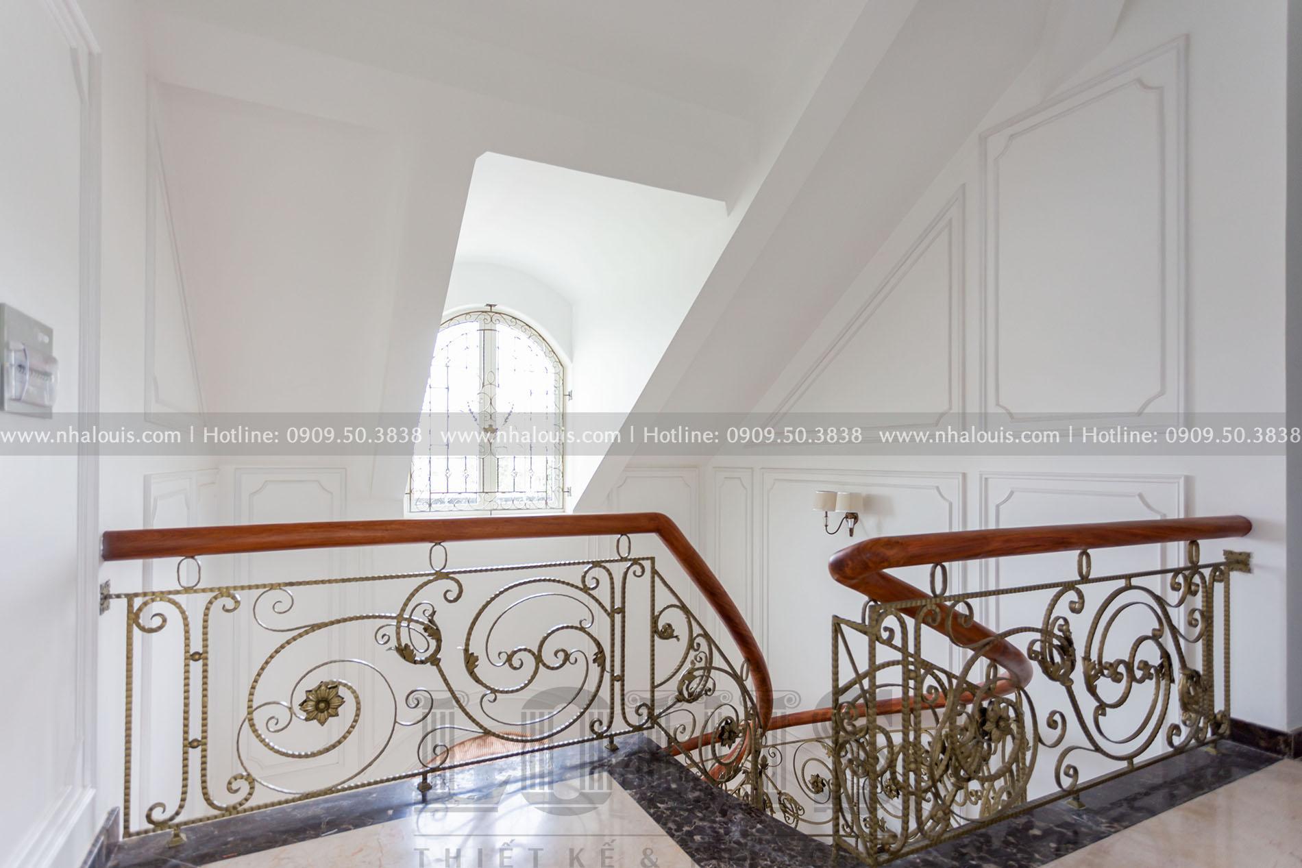Sảnh thang tầng 2