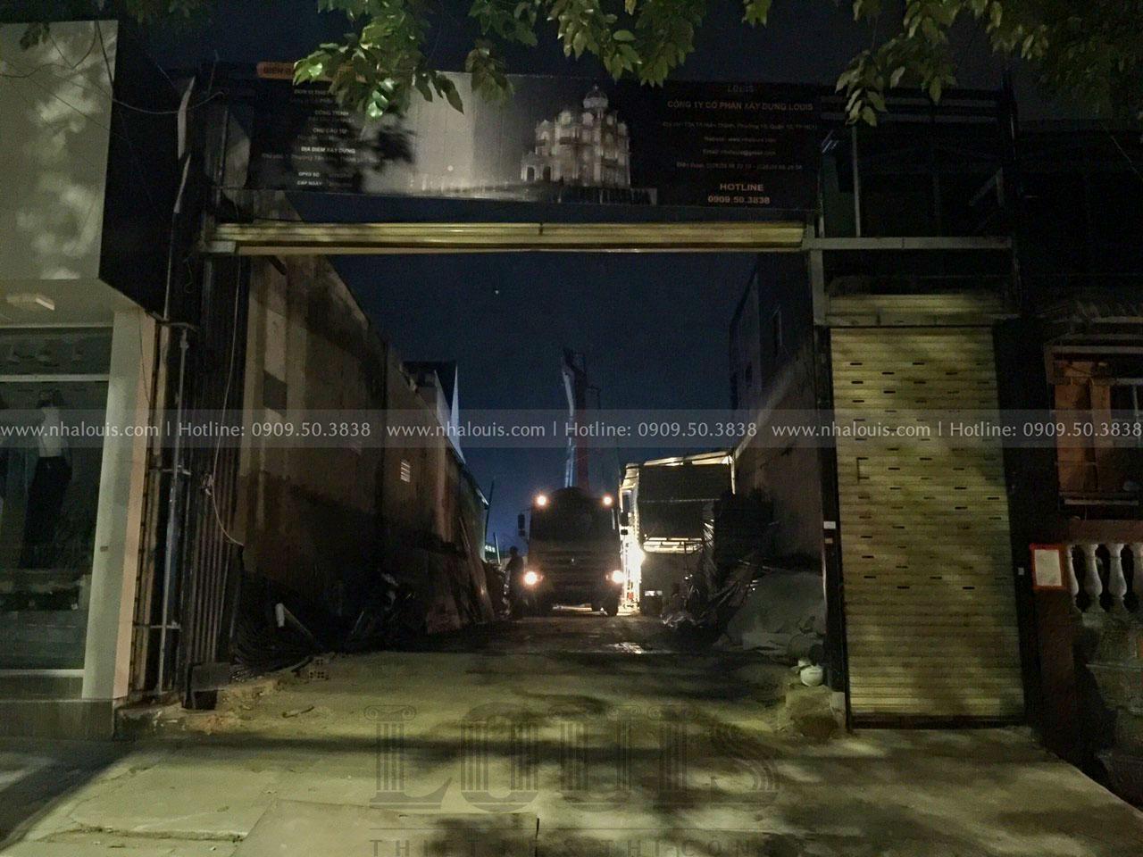 Đổ bê tông sàn tầng trệt biệt thự cổ điển Đồng Nai